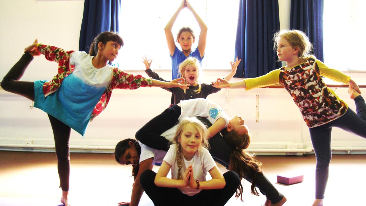 kids nens Yoga Maresme